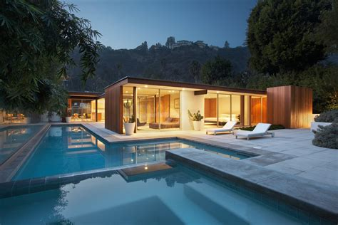 These 11 Modern Homes In Southern California Offer An