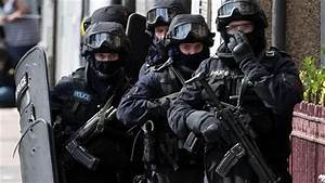 Scotland Yard to use SAS-style units to counter terrorist ...