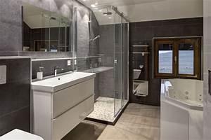 Une salle de bain renovee cre39architecture for Salle de bain renovee