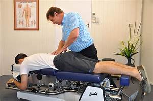 Townsville-disc-chiropractor-treatment