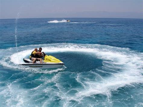 Boating License For Jet Ski Florida by Jet Skiing Rentals In Florida