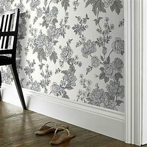 Graham and brown wallpaper