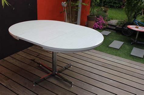 table cuisine ovale table cuisine ovale hautequalit ovale table tissu