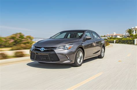 toyota camry hybrid reviews research camry hybrid