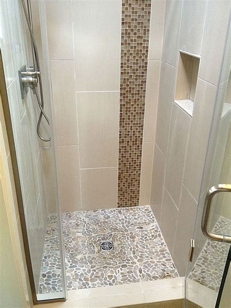 Small Bathroom Designs With Shower Stall by The 25 Best Small Shower Stalls Ideas On