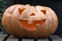 Comment Vider Une Citrouille : halloween d coration art de la table citrouilles bonbons costumes les bonnes id es ~ Voncanada.com Idées de Décoration
