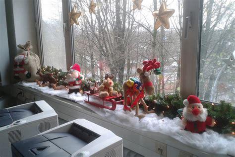 Weihnachtsdeko Fensterbank. Fensterbank Mit Weihnachtsdeko