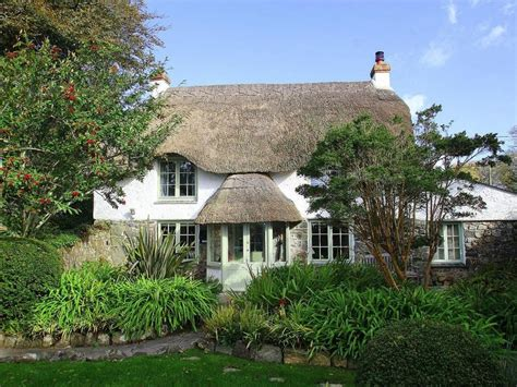 Thatch Cottage Coverack Cornwall Self Catering