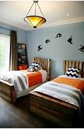 DIY Headboard Ideas To Save More Money Read More About 62 DIY Cool Headboard Ideas 35 Cool Headboard Ideas To Improve Your Bedroom Design 101 Headboard Ideas That Will Rock Your Bedroom