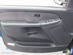 Service Manual  2002 Chevrolet Suburban 1500 Driver Door