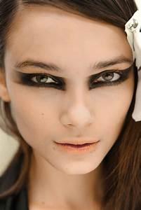 #Fall #autumn #geometric #makeup #trend #2012 #black # ...