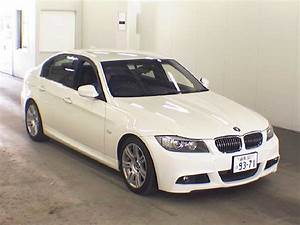 Bmw Serie 3 2011 : bmw 3 series 320i 2011 auto images and specification ~ Gottalentnigeria.com Avis de Voitures