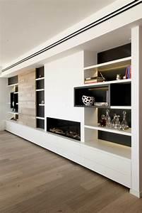 Wohnwand Weiß Mit Holz : moderne inneneinrichtung in wei und holz in einem penthouse ~ Bigdaddyawards.com Haus und Dekorationen
