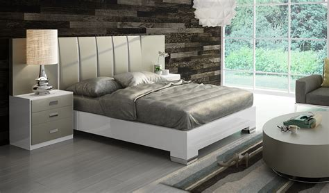 Fenicia Composition 12  Comp 607, Fenicia Modern Bedroom