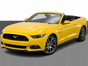 Rent Ford Mustang GT in Miami