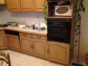 Renover une cuisine comment repeindre une cuisine en for Idee deco cuisine avec meuble salle a manger chene blanchi