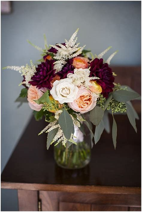 burgundy wedding bouquets  fall winter wedding