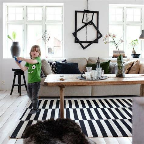 tapis raye bleu et blanc hoze home