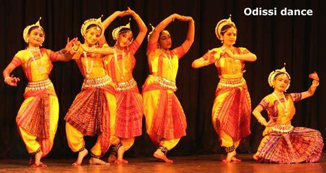 Indian Dances - kathakali dance, kuchipudi dance, odissi ...