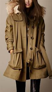 lyst burberry military canvas fur trim parka in brown With robe burberry femme
