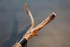 Garderobe Baumstamm Holz : baum garderobe aus stahl und holz auf einer runden platte ~ Sanjose-hotels-ca.com Haus und Dekorationen