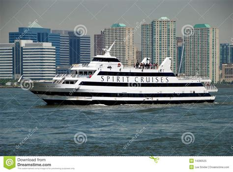 Hudson Boat Cruise Nyc by Nyc Spirit Cruise Ship On The Hudson River Editorial