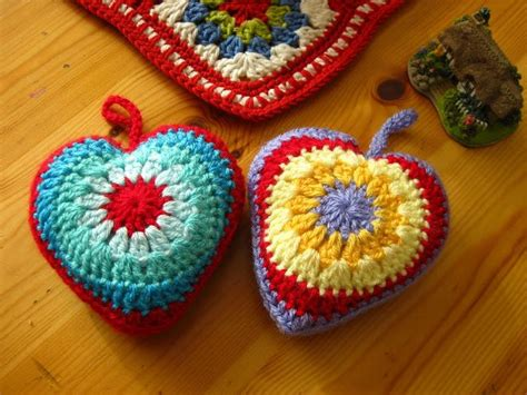 crochet motif patterns  granny squares hearts