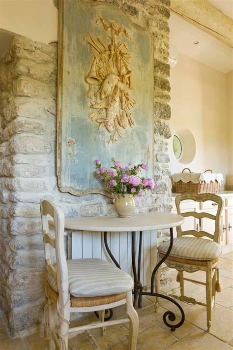 Country Home Embraces History country home that embraces history country