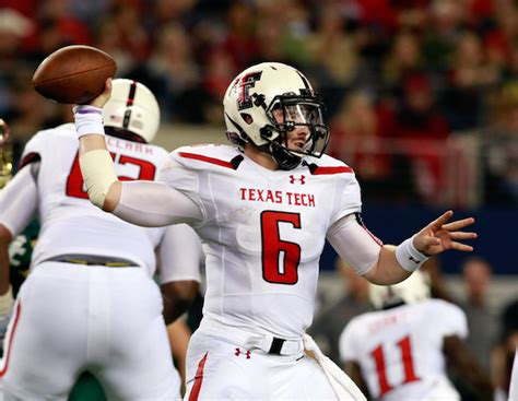 texas tech quarterback baker mayfield   play
