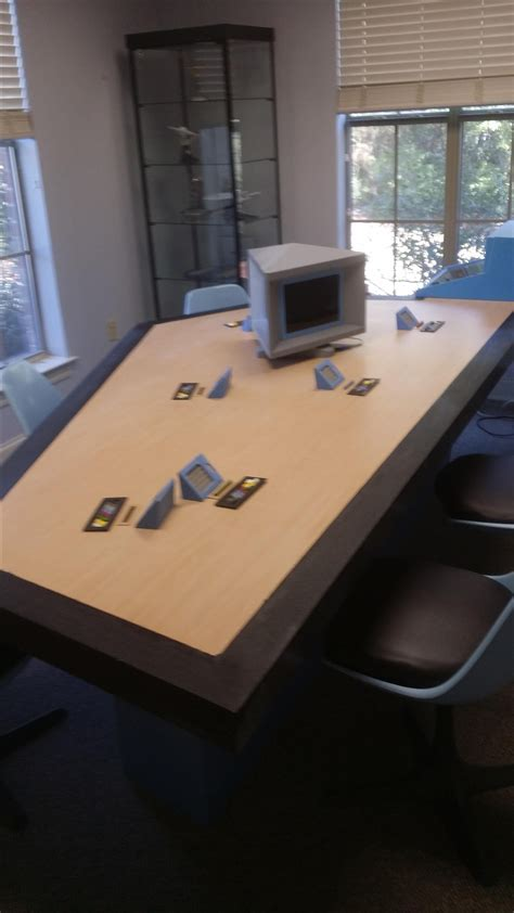 hand  tos star trek briefing room table  southern