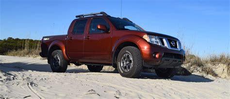 Review 2016 Nissan Frontier Pro 4x Motor1com  2017 2018