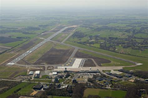 Fileluchtfoto Groningen Airport Jpg Wikimedia Commons