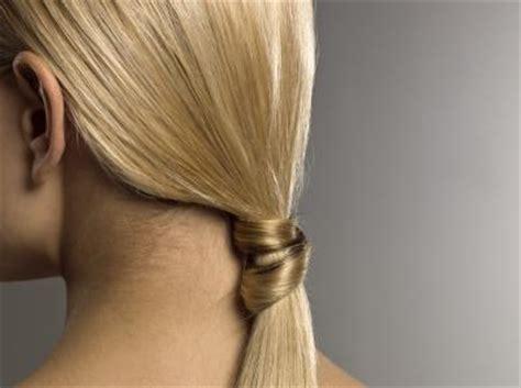 apply  color glaze  reduce brassy hair synonym