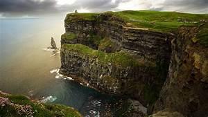Cliffs Of Moher (Ireland) Wallpaper