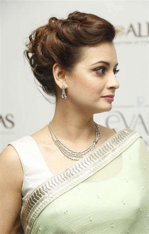 easy hairstyles  sarees  face shape guide saree