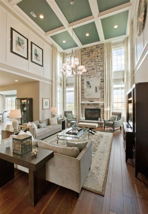 High Ceiling Living Room by Best 25 High Ceiling Decorating Ideas On High