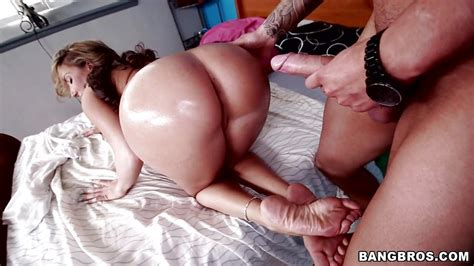 Richelle Ryan In Girl With Big Ass Gets Fucked Hd