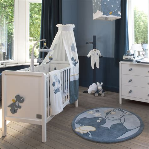 chambre bébé noukies tapis de chambre victor lucien noukie 39 s pour bébé