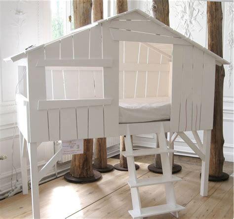 meuble chambre ado fille lit cabane enfant mathy by bols secret de chambre