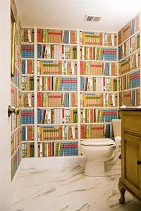 idees de decoration inspirantes pour rendre nos toilettes With kitchen cabinets lowes with poser papier peint