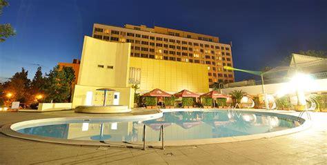 Litoralul Romanesc 2019 - Mamaia Hotel Flora 3*** - Delta ...
