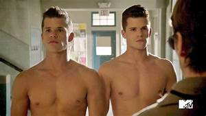 EXCLUSIVE: Teen Wolf's Max and Charlie Carver talk Charlie ...