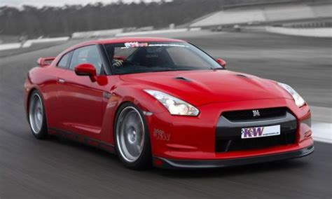 Affordable Nissan Gtr by Nissan Gt R Top 5 American Sports Cars Which Are