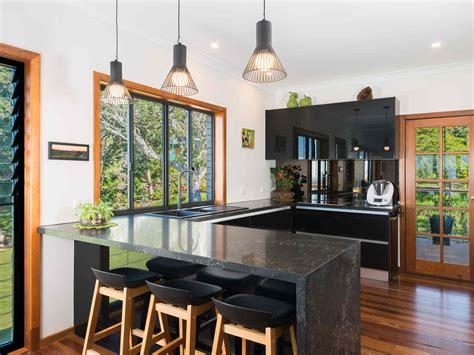 U Shaped Kitchen Designs & Ideas