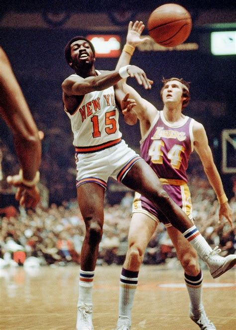 knicks guard earl  pearl monroe dishes   pass
