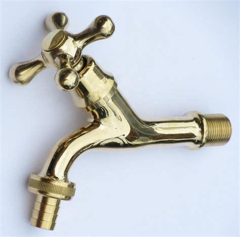 rubinetti per fontane esterne rubinetto ottone fontana da 1 2 quot con portagomma 13196