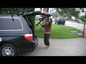 Honda Odyssey  Broken Rear Tailgate