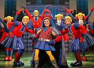 Christopher Sieber as Lord Farquaad in Shrek the Musical ...
