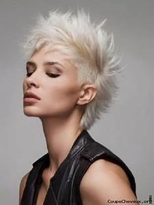 Coupe De Cheveux Femme Courte : coupe de cheveux femmes court ~ Melissatoandfro.com Idées de Décoration
