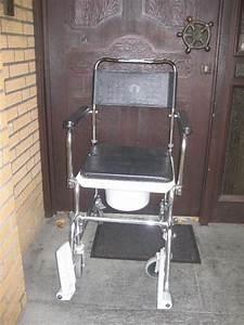 Stuhl Auf Rollen : toilettenstuhl wc stuhl nachtstuhl wc stuhl auf rollen bis 135 kg in lohne medizinische ~ Eleganceandgraceweddings.com Haus und Dekorationen